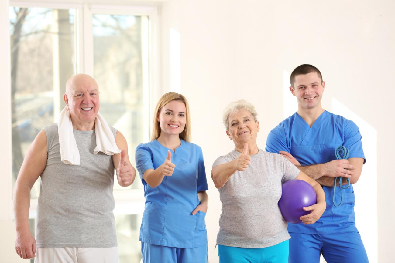 physiotherapists-with-elderly-patients